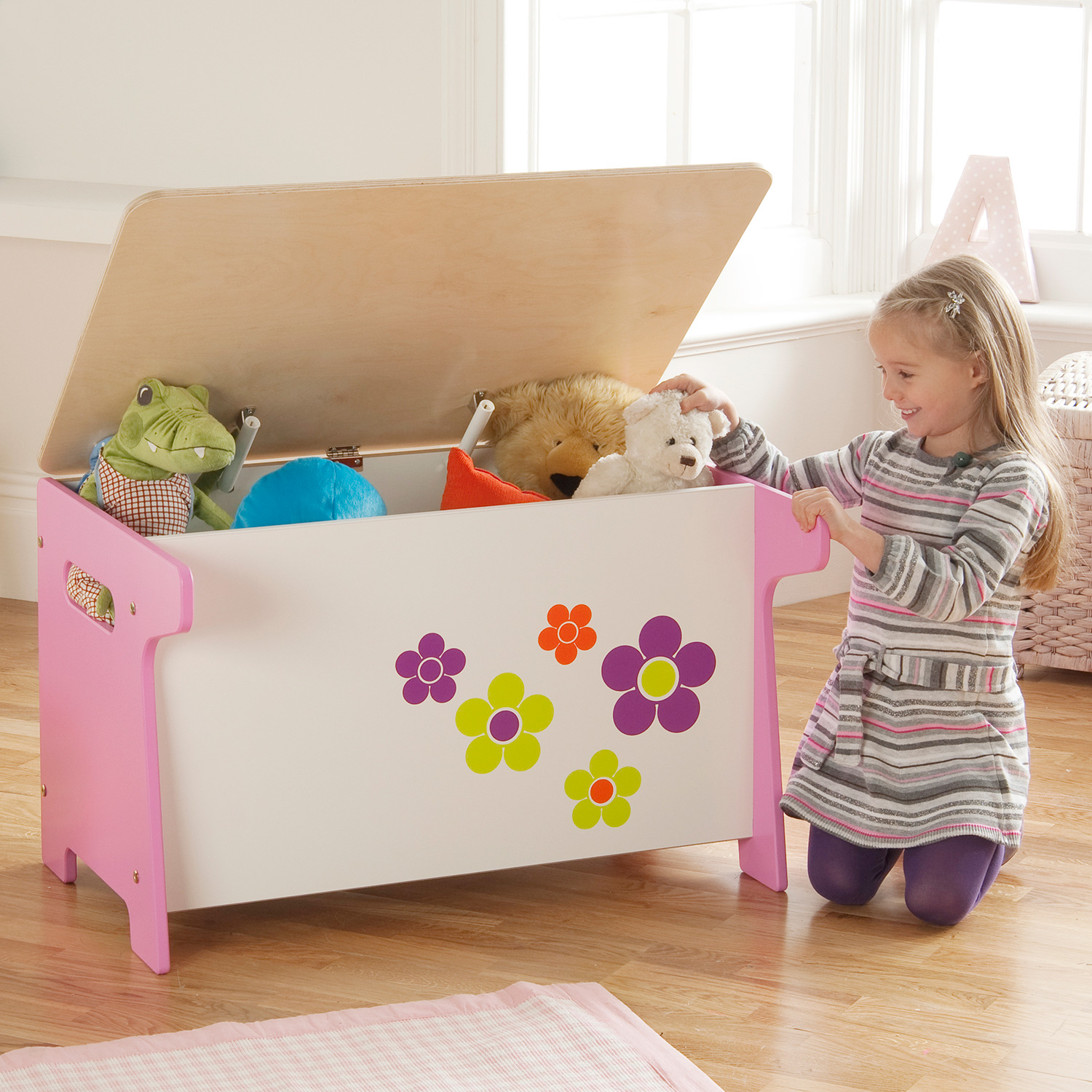 flower toy box desk inspirational group. Black Bedroom Furniture Sets. Home Design Ideas