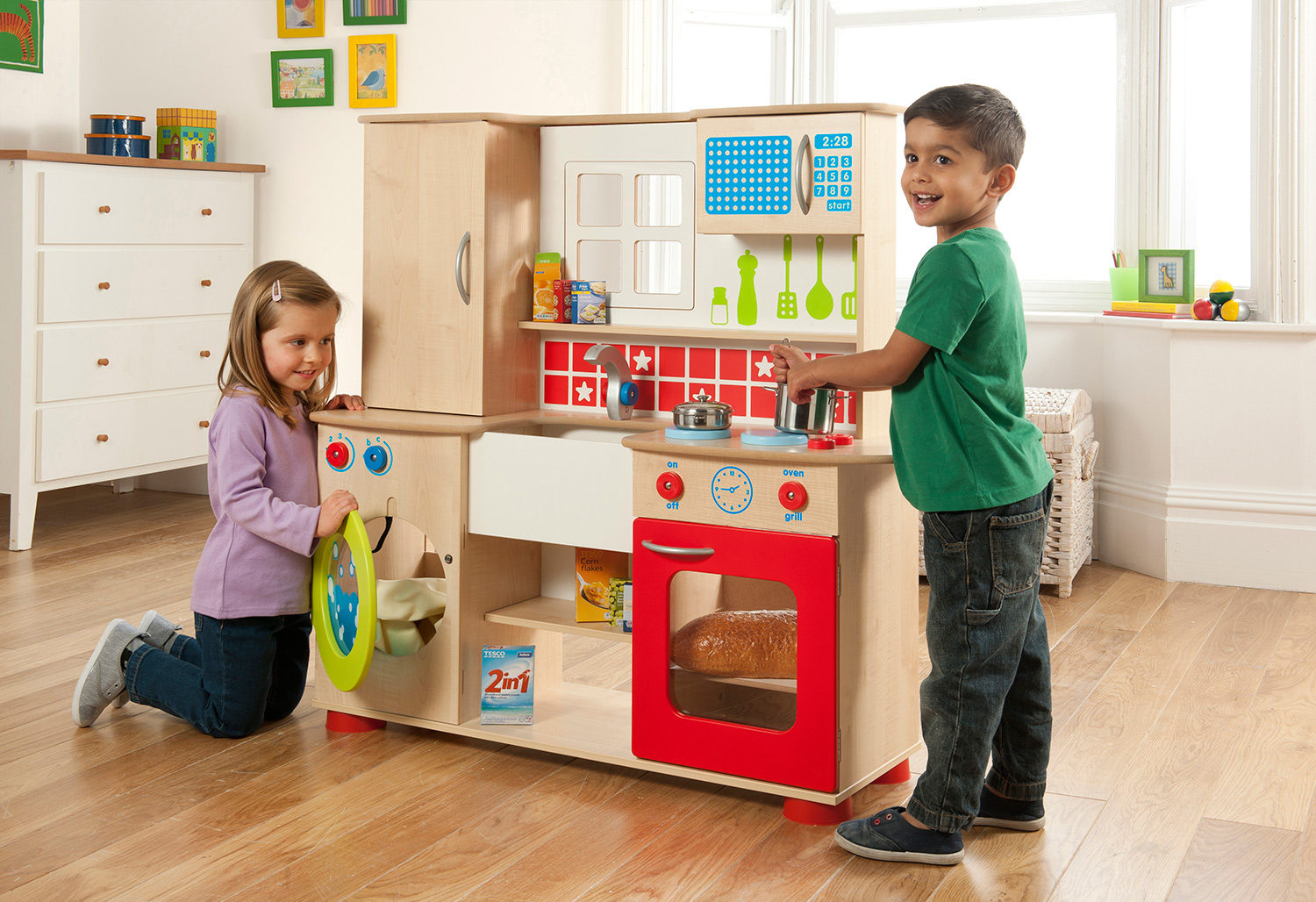 Play Kitchens & Shops