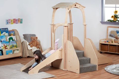 Play Pod Kinder Gym (with roof)
